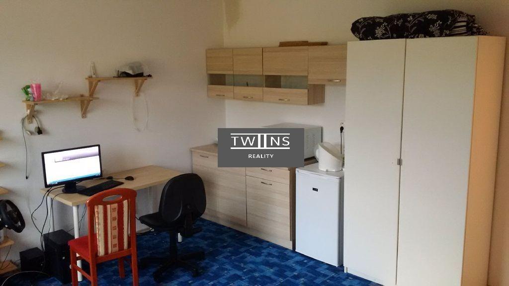 Dame do prenajmu 1 izb. byt v novostavbe  Dúbravka 390 Eur