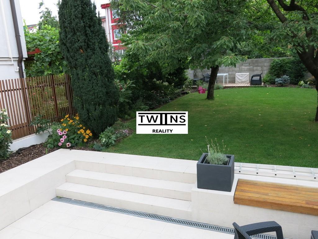 Prenajmeme 2-izbový byt so samostatným vchodom v RD  v Ružinove, so záhradou ?