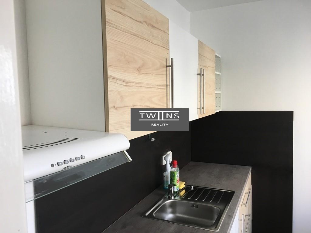 Prenajate- Prenajmeme velky 1 izb. byt vo Vrakuni TOP Ponuka 400 Eur