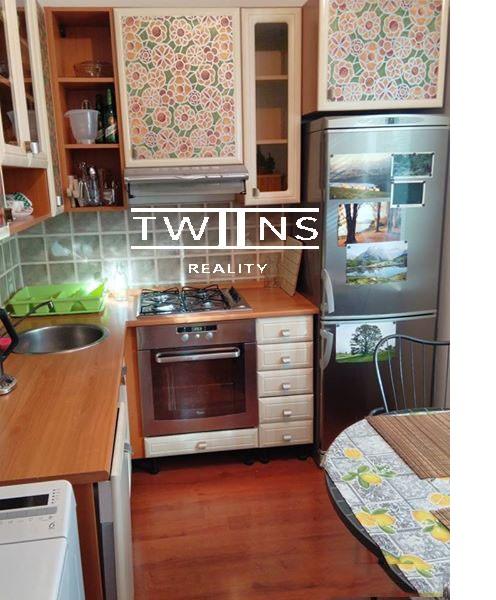 ne_orig_40425616_byty-2-izbovy-byt-bratislava-ii-ruzinov-velky-2-izb-byt-so-samostatnou-kuchynou-v-ru
