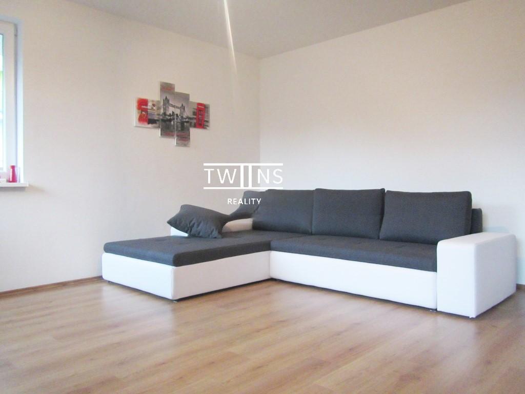 2 izbový byt s garážovým státím v Novostavbe v Petržalke na Dudovej ul.
