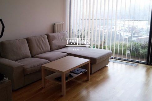 2-izbovy-priestranny-byt-vratane-garazoveho-statia-v-suterene-domu-d1-563-5631746_6