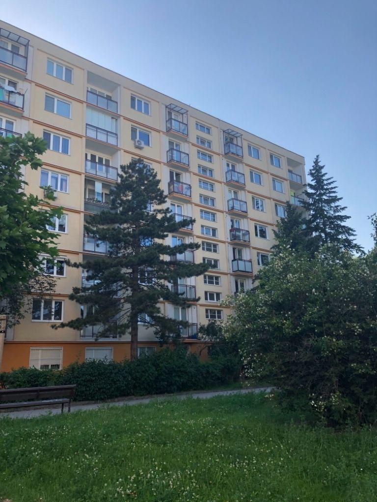 Prenajate——✅1 izbovy byt prenajom v Ruzinov aj s klimatizaciou 450 Eur