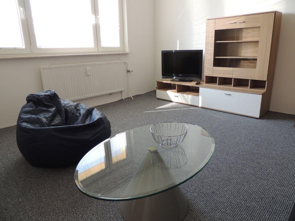 Prenajate Výhodný prenájom 2-izb.bytu BA-Petržalka pri Starom Moste