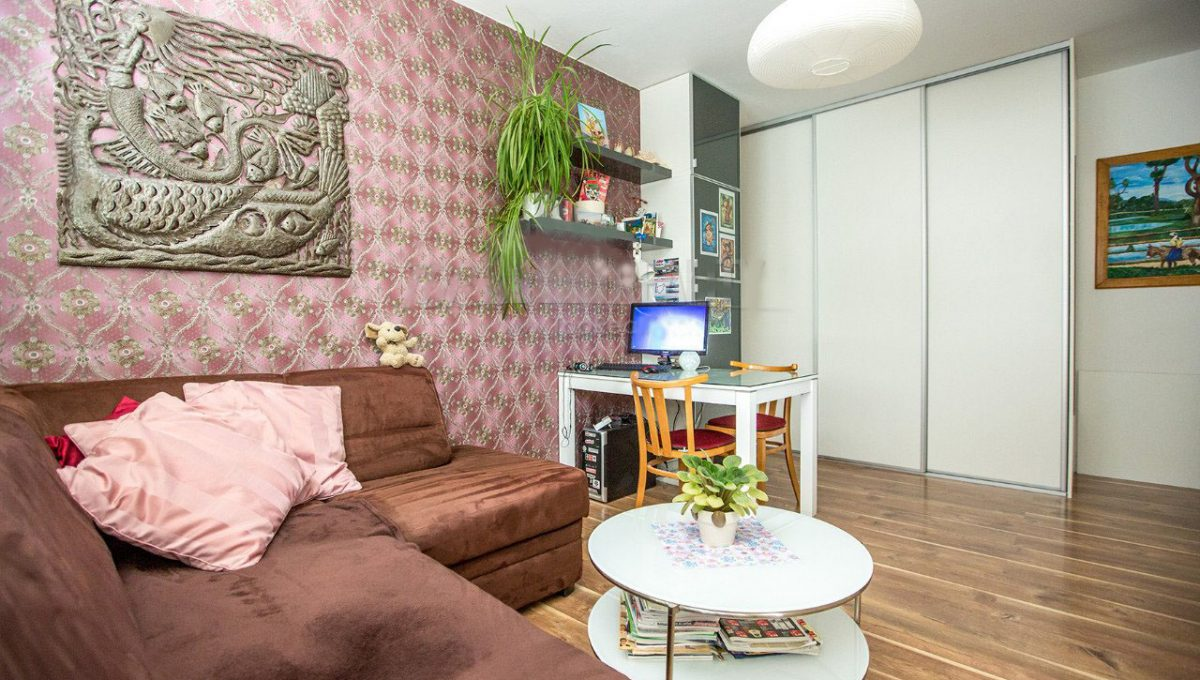 1-izb-kompletne-zrekonstruovany-byt-zariadeny-na-drobneho-ul-d1-690-6909467_2