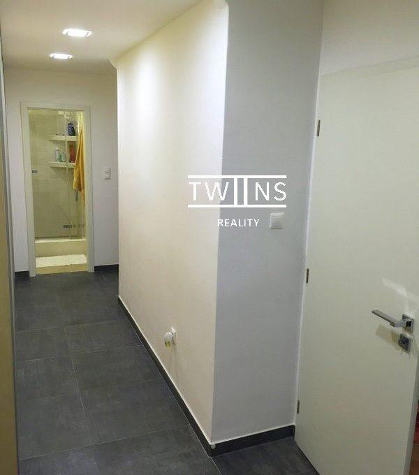 2-izb-zrekonstruovany-plne-zariadeny-pri-oc-central-d1-693-6934583_5