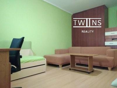 🔥Prenajmeme kompletne zariadeny 2 izbovy byt v Ruzinove na Sumracnej ul,🌳 krasne prostredie ticho