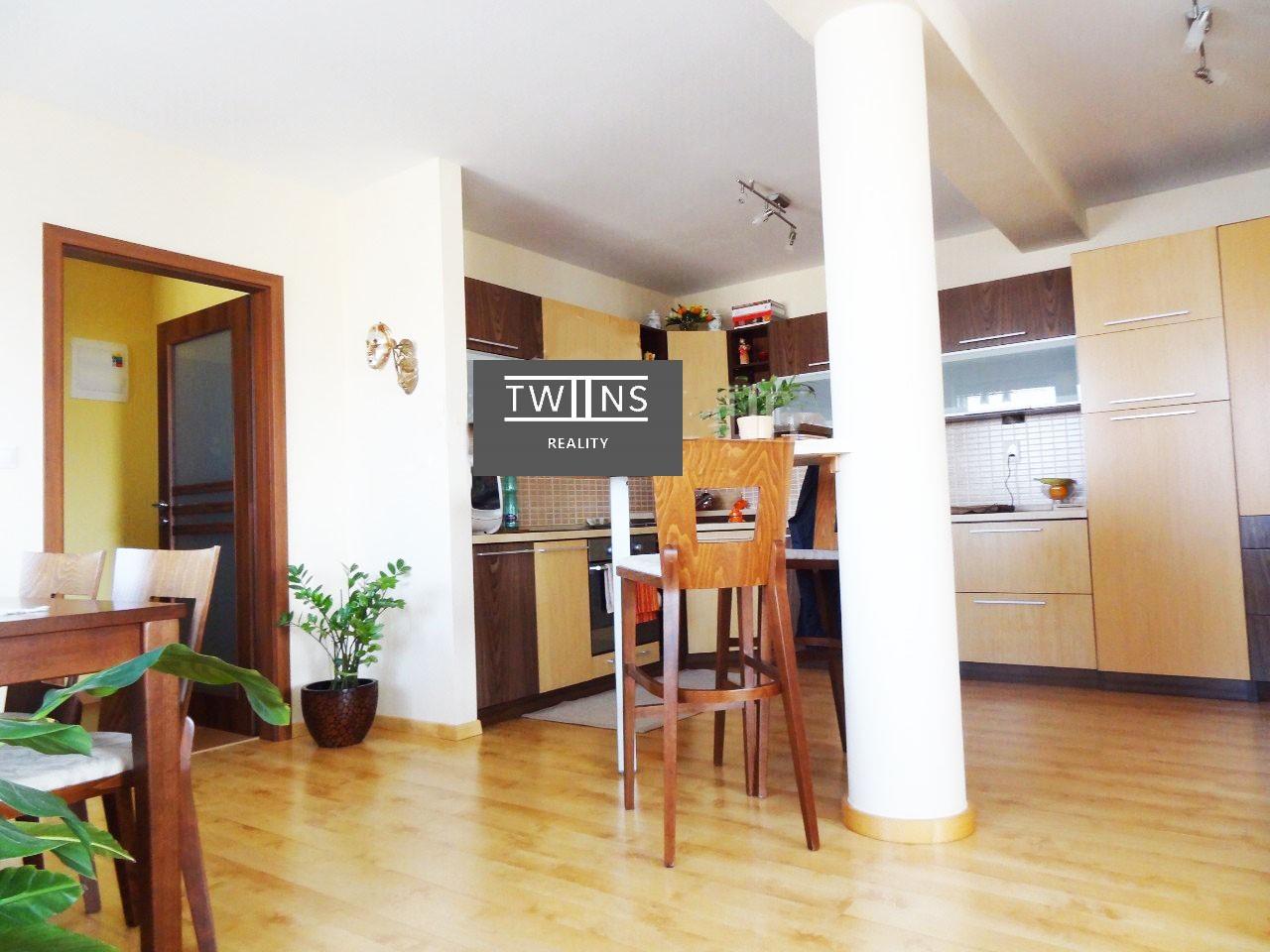 🔥Predáme slnečný 2-izbový 🆒Novostavba v bytovom dome v Ružinove so skvelým prístupom do mesta a 🚗vlastným parkovaním.