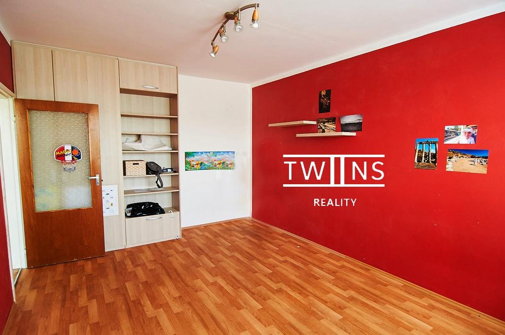 Predáme 1 i. byt v Dúbravke —Predané—–