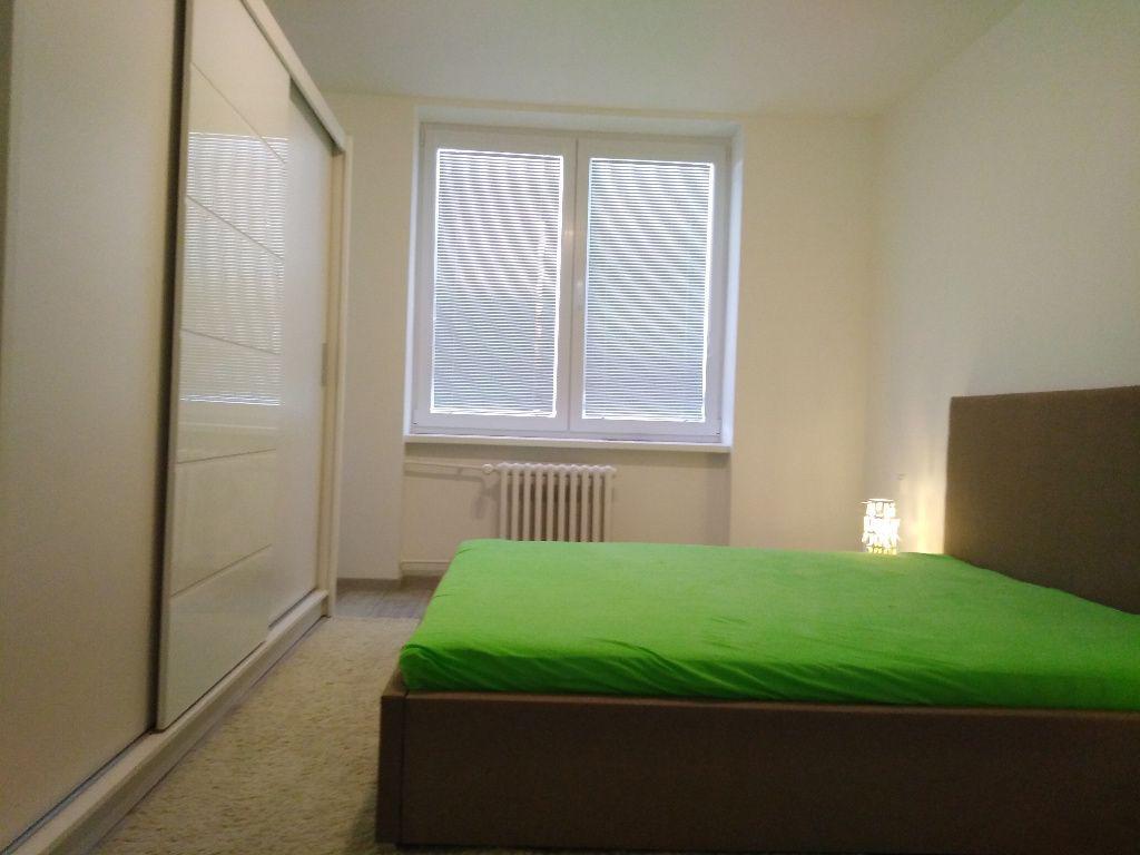 Prenajate .Prenájmeme krásne novozrekonštruovaný 2 izbový tehlový byt na Košickej