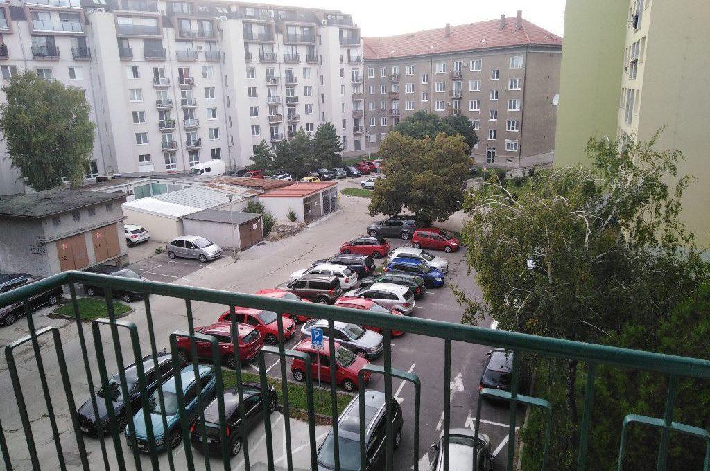 ne_orig_43180842_byty-2-izbovy-byt-bratislava-ii-ruzinov-novozrekonstruovany-2-izbovy-tehlovy-byt-niv