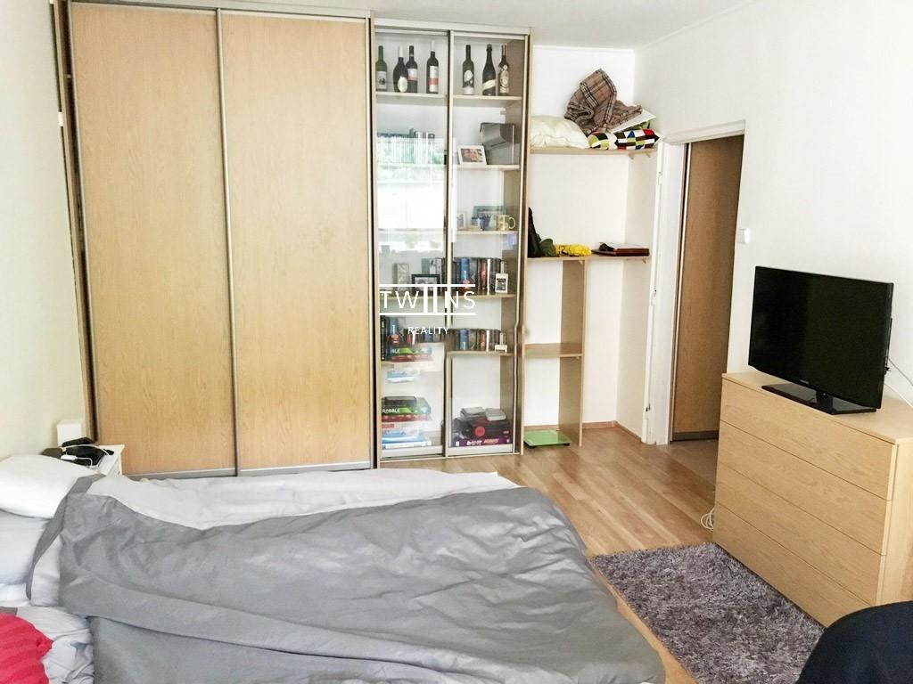 Prenajate!🆕Prenajmeme 1 izbový byts Balkonom za Super Cenu v Karlovej Vsi ,( Karloveska ul.)