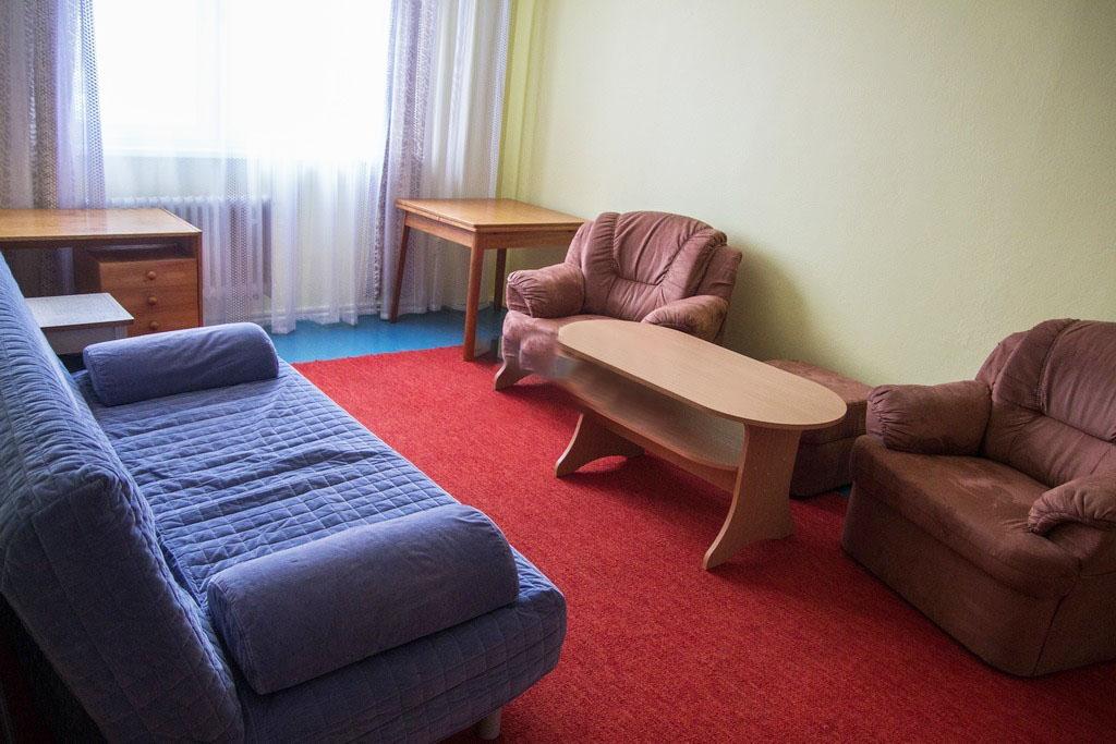 Prenajmeme veľký 1 i. byt v Dúbravke za super cenu 400€ Vratane ⚡