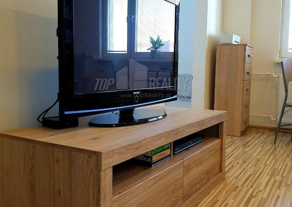 2-izbovy-byt-s-klimatizaciou-kompletna-rekonstrukcia-mozartova-stare-mesto-d1-711-7118872_3