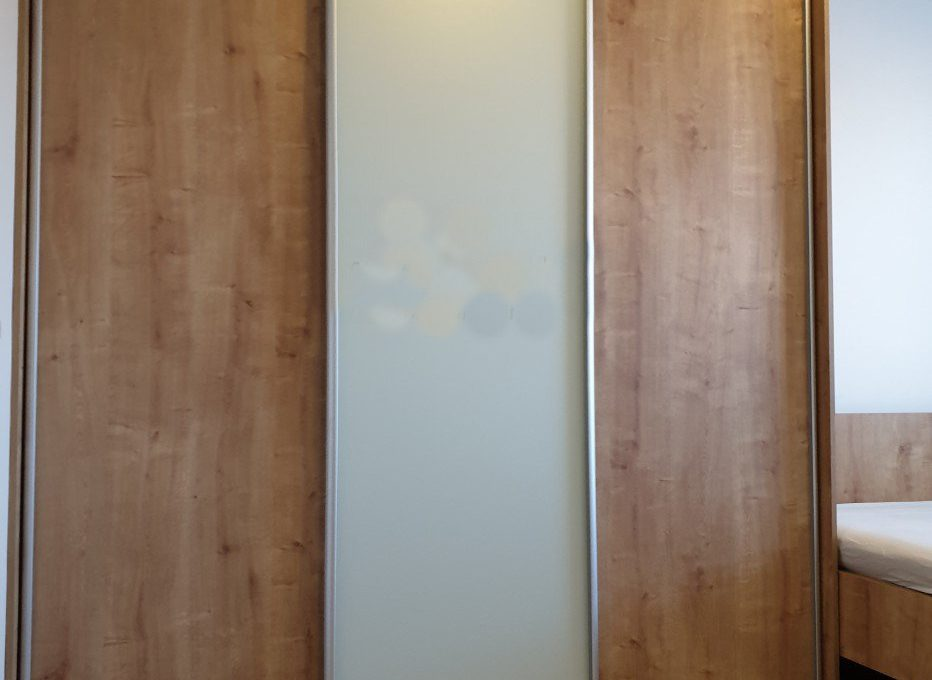 2-izbovy-byt-s-klimatizaciou-kompletna-rekonstrukcia-mozartova-stare-mesto-d1-711-7118872_9