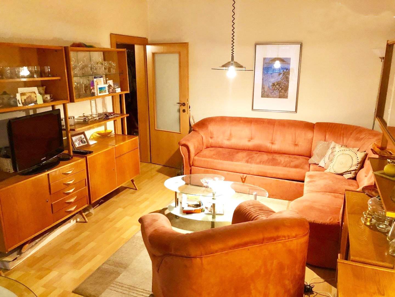 Predane!✅Predáme 2 izbový byt v karlovej Vsi na Silvanskej ulici. 2x lodžia