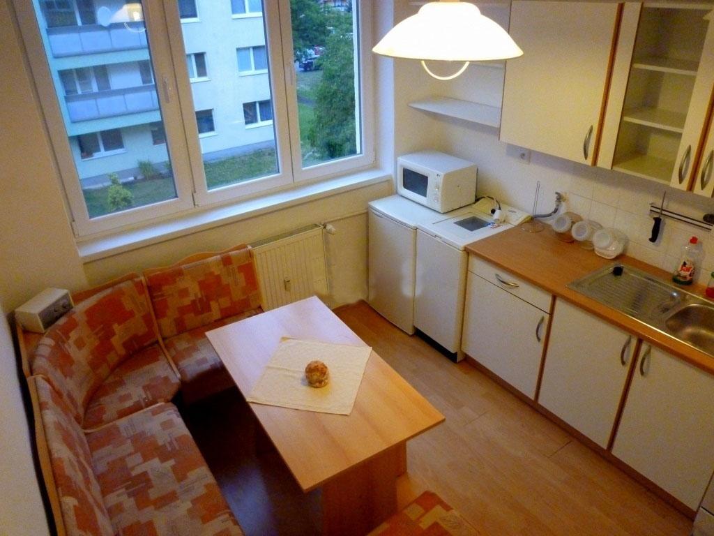 Útulný 1 izbový byt v BA – Nové Mesto 410 €/mesiac