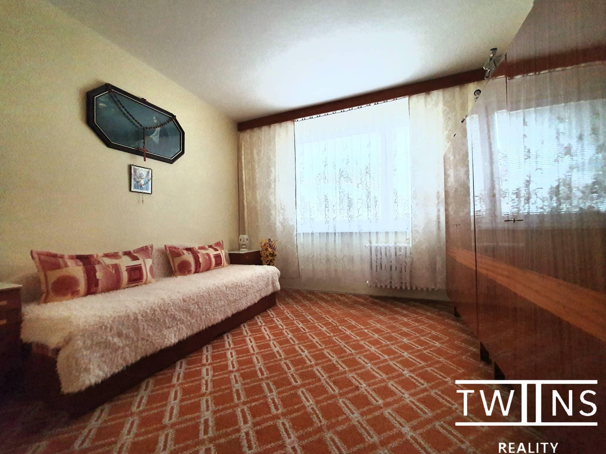 Rezervovane ! Predáme 3 i. byt v Dúbravke na Cabanovej ulici, hneď pri lese 🌳🌳
