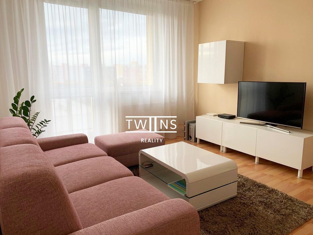 Prenajaté✅🆕Prenajmeme kompletne prerobený 2 i. byt s balkonom v Ružínove , kompl. zar.