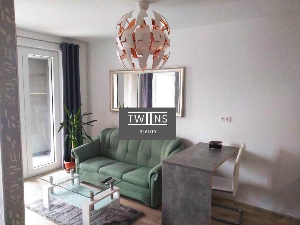 Prenajom 1,5 izbovy byt v Dubravke  Novostavba