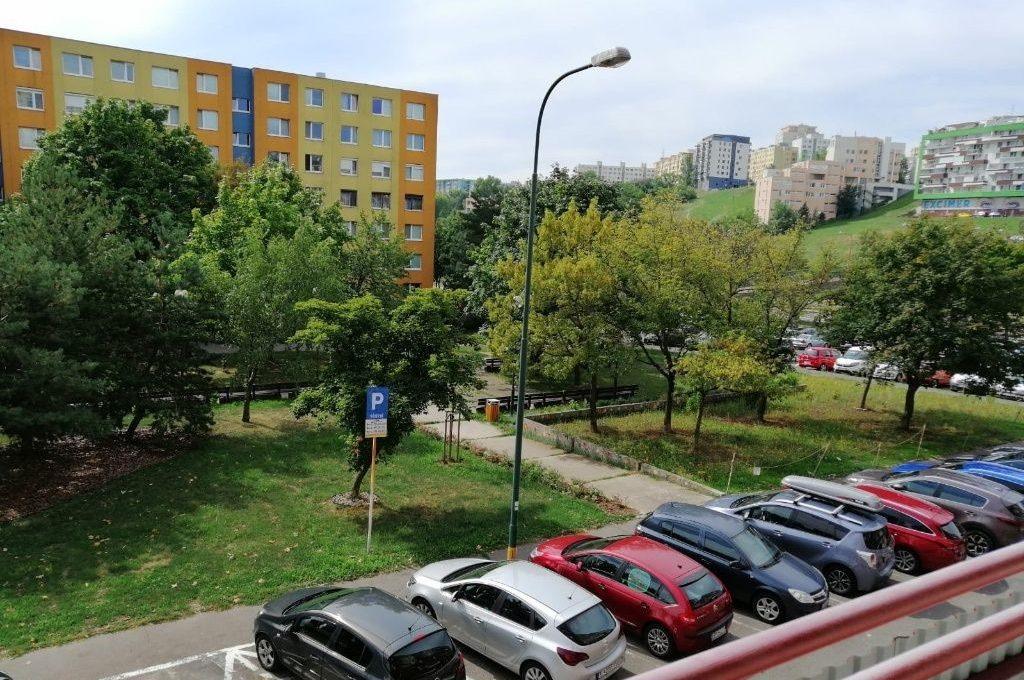 ne_orig_45893885_byty-4-izbovy-byt-bratislava-iv-karlova-ves-4-izb-byt-v-zrekonstruovanom-dome-1-p-s-