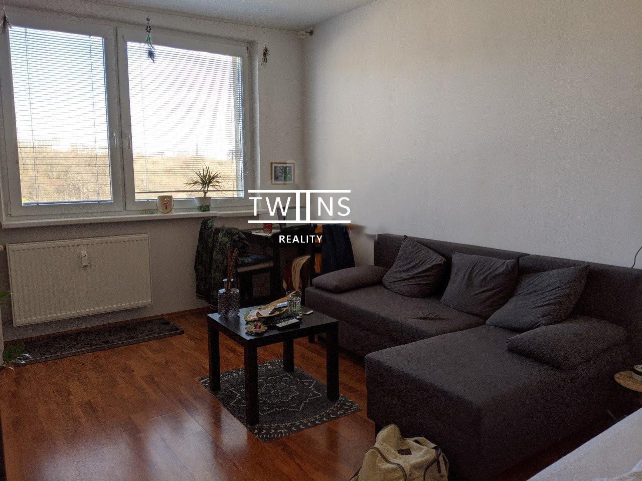 ✅Prenajmeme kompletne zrekonstruovaný 1 i. byt v karlovej Vsi