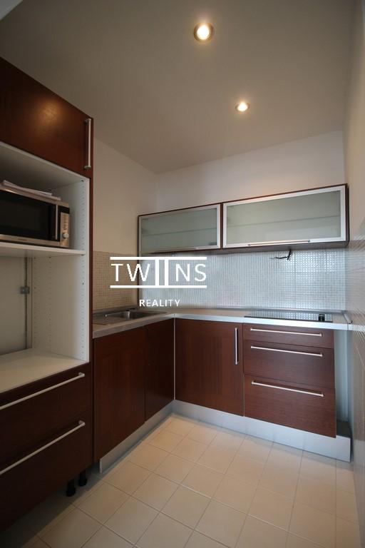 Prenajmeme 1,5 izbový byt na Paričkovej ulici v Širšom centre BA